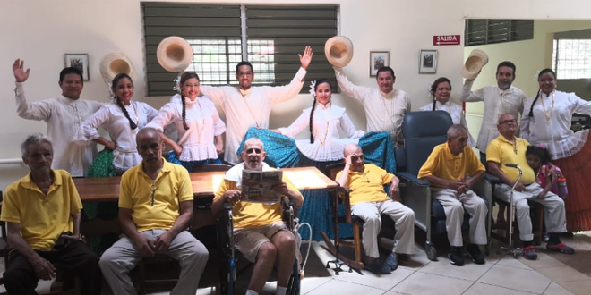 Voluntarios de Morgan & Morgan visitan Hogar para Adultos Mayores de la Fundación Luz y Vida