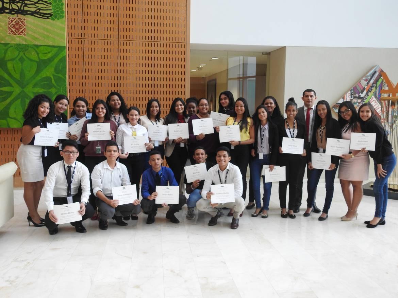 Morgan & Morgan y MMG Bank fomentan la educación financiera en jóvenes estudiantes