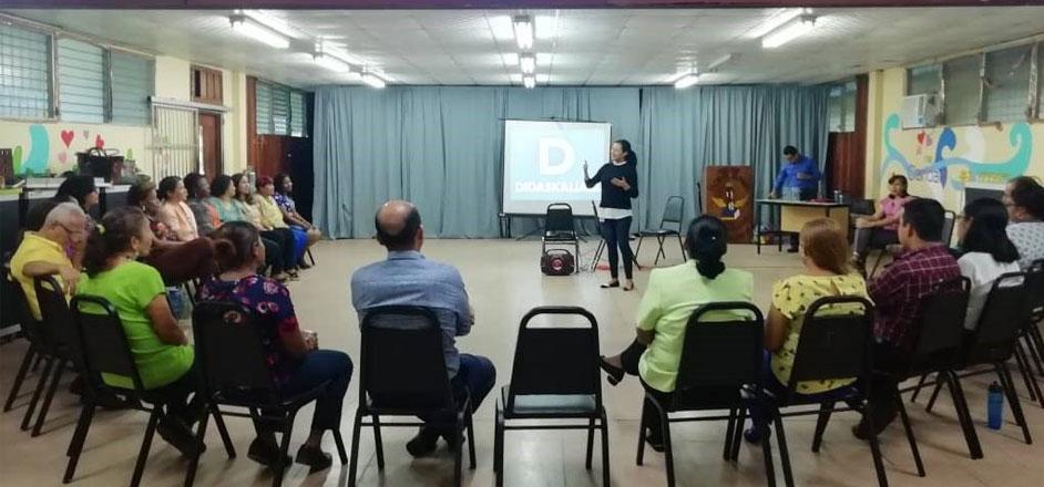 Fundamorgan ofrece taller a docentes y personal del Colegio Elena Ch. de Pinate