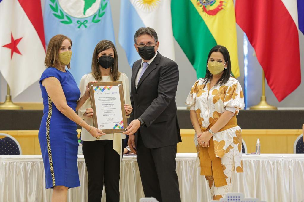 Fundamorgan recibe reconocimiento en pro del empoderamiento de la mujer